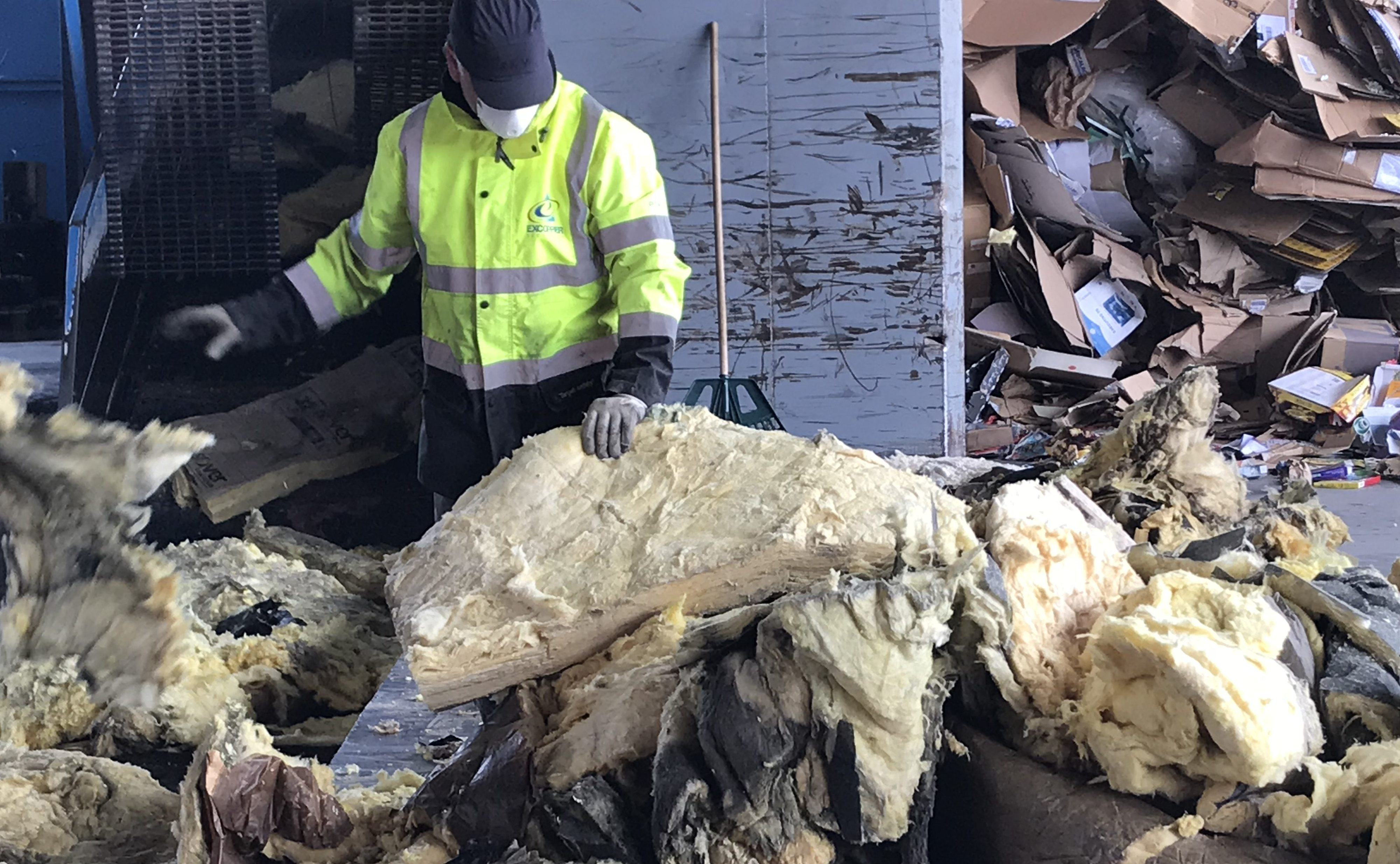 Isover crée une filière de recyclage de laine de verre